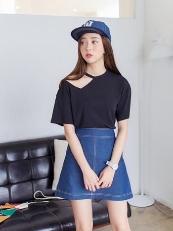 【Z312123】輕鬆休閒縫線撞色造型A字裙/單寧牛仔短裙-Posture