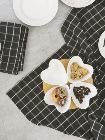 【Z438053】無印風簡約格紋造型餐桌布/茶几方巾布/蓋布/桌巾(正方)-Alluring
