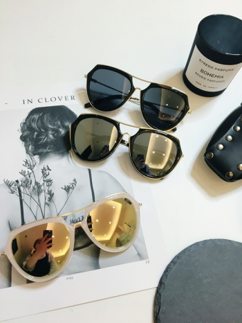 【Z431008】時髦復古風反光鏡片造型太陽眼鏡/墨鏡-Naive