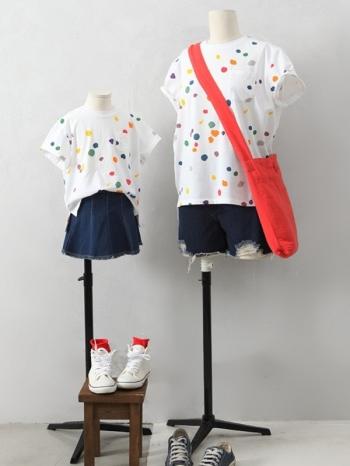 【Z411122】(大人款)繽紛彩點圖案單口袋T恤/短T/上衣/大人款/親子裝-Revolve