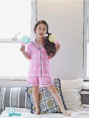 【Z427024】(兒童款)學院風格紋短袖襯衫/上衣/短褲/親子裝/兒童款/童裝/睡衣/成套居家服/套裝-Fancy