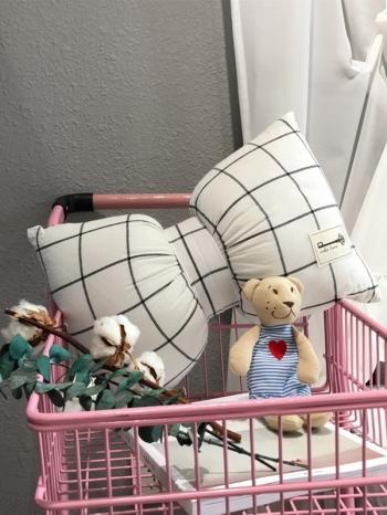 【Z433266】(大號)甜美幾何圖案蝴蝶結造型枕頭/抱枕/沙發枕/靠墊-Soar