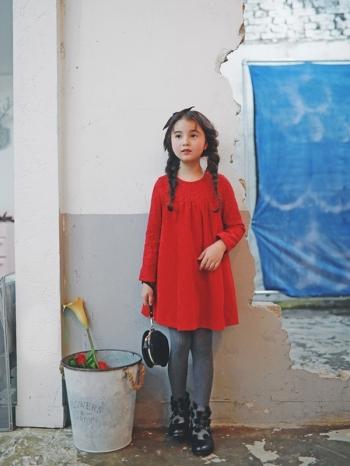 【Z410267】(大人款)氣質拼接蕾絲緹花造型連身裙/長袖洋裝/媽媽款/親子裝-Daily