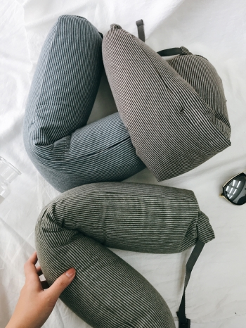 【Z433512】長途飛行必備無印風條紋U型枕/頸枕/午休枕/護頸枕/脖子靠枕-Belle