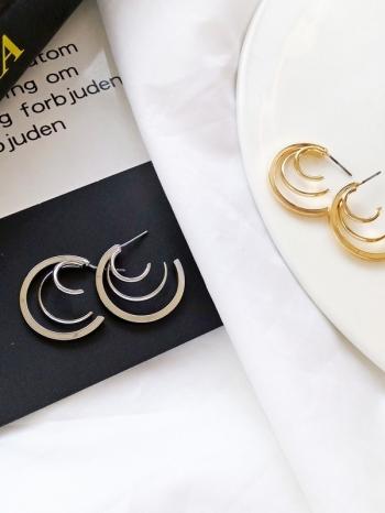 【Z530001】 歐美時尚幾何三環造型耳飾/耳針式耳環-Tendency