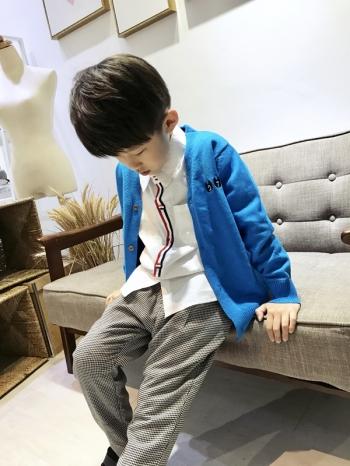 【Z529002】電繡數字貓咪造型針織外套/針織衫/罩衫外套/大童/童裝-Amused