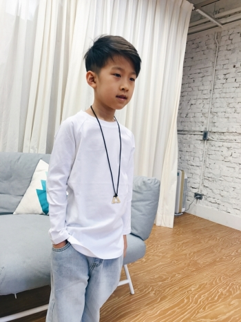 【Z528026】簡約純色百搭款下擺圓弧造型長T/素T/T恤/大童/童裝-Snug