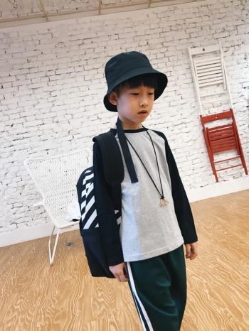 【Z528027】簡約休閒風撞色棒球袖設計長T/T恤/大童/童裝-Snug