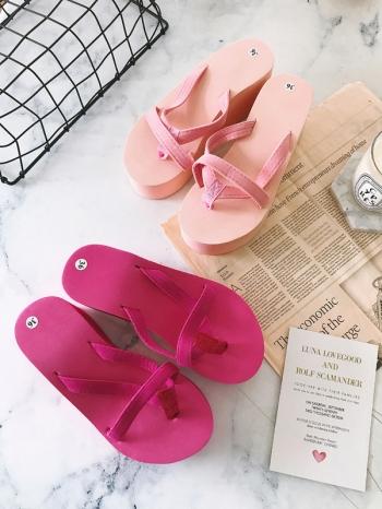 【Z515055】簡約舒適厚底造型夾腳拖/拖鞋/人字拖/沙灘鞋-Agnes
