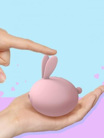 【Z536067】超萌兔兔親膚柔軟吮吸震動低分貝按摩棒/按摩器/震動器-Autumn