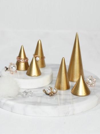 【Z536097】質感金字塔設計首飾架/展示架/裝飾擺件-Gold
