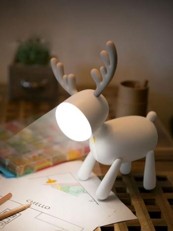 【Z633069】北歐風雪白麋鹿小夜燈/LED燈/座燈/檯燈-Brightfuture