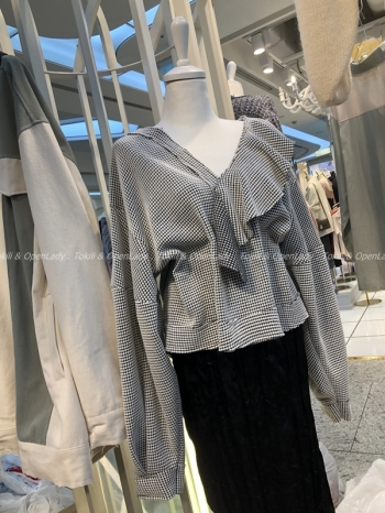 【Z921001】V領不規則上衣