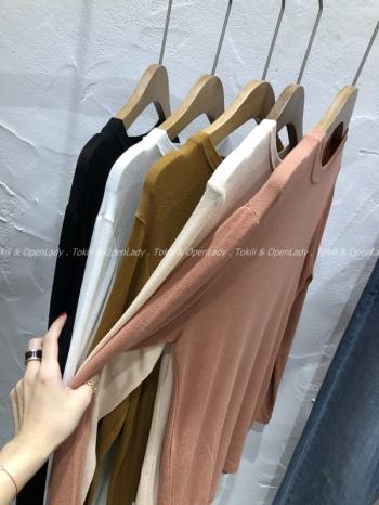 【Z921105】純色打底上衣