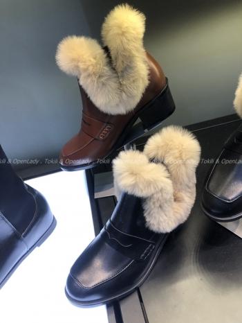 【Z921478】毛絨粗跟踝靴