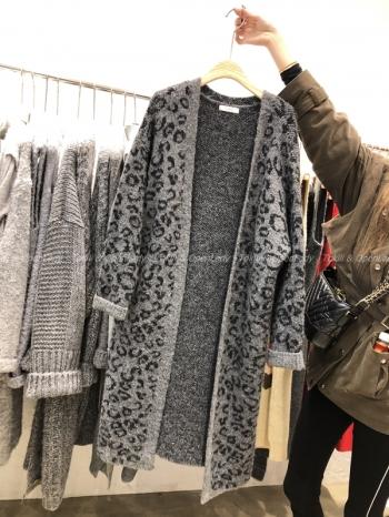【Z821178】豹紋羊絨長版罩衫