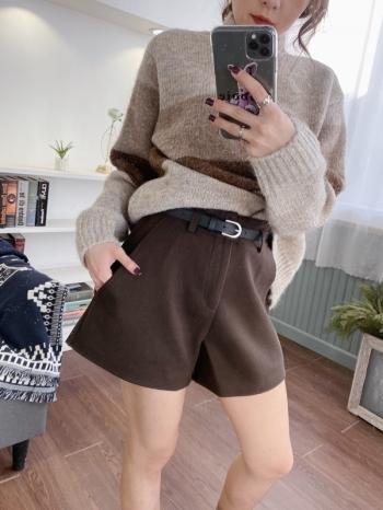 【Z821138】附腰帶口袋毛呢短褲