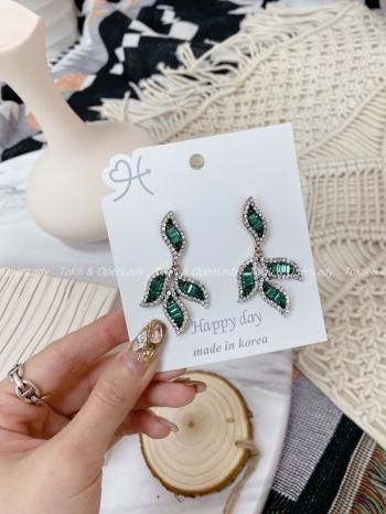 【Z922202】四葉綠水鑽耳環(抗敏鋼針)