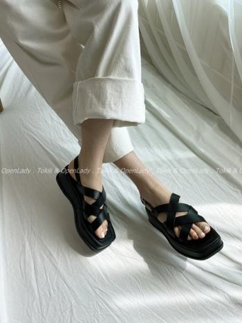 【Z922443】交叉厚底涼鞋