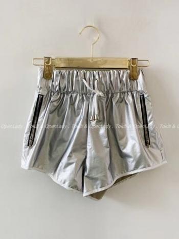 【Z922326】霧感皮質拉鍊短褲