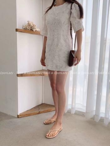 【Z922529】雕花花紋短洋裝