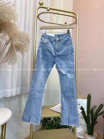 【Z821650】破洞微喇叭薄牛仔褲