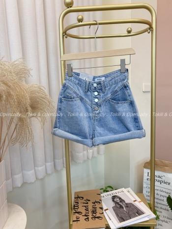【Z821659】排釦牛仔短褲