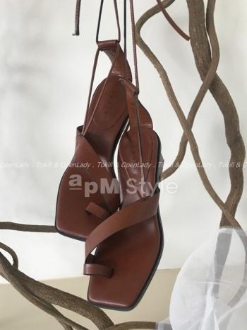 【Z922637】斜邊單環綁帶跟鞋