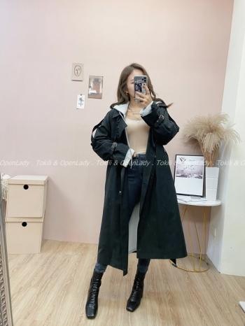 【Z821888】真兩件式鋪棉雙排釦大衣+帽外套