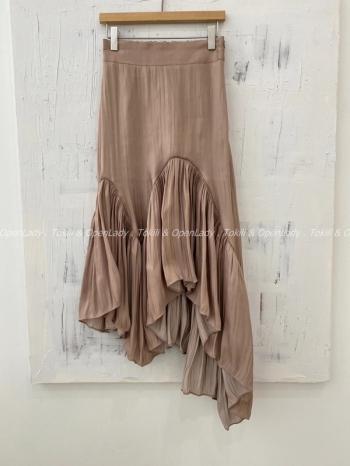 【Z922955】光絲滑布不規則擺長裙