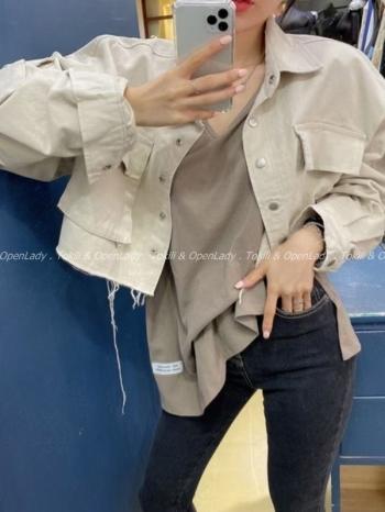 【Z922972】寬袖短版口袋外套