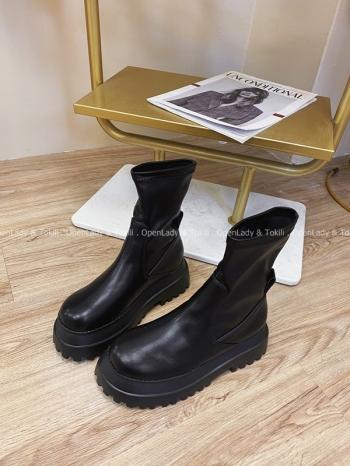 【Z821984】個性軟皮質厚底靴