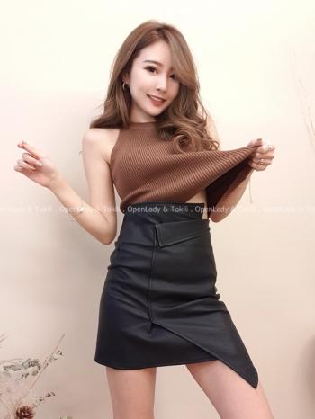 【Z822052】霧感皮面反褶短裙