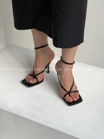 【Z923144】必備細帶釦交叉跟鞋