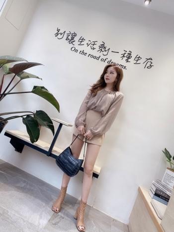 【Z822145】線條高腰西料短褲