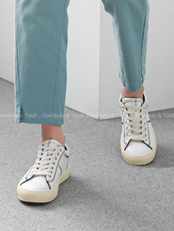 【Z923274】柔軟羊皮線條小白鞋