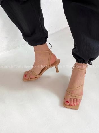 【Z923278】細帶方頭低跟涼鞋