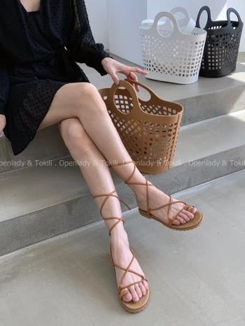 【Z923366】 綁帶交叉平底涼鞋