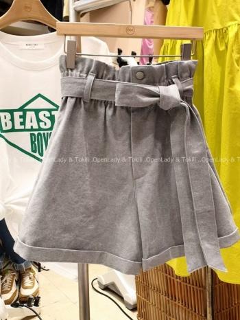 【Z923468】淺灰單釦綁帶反摺短褲