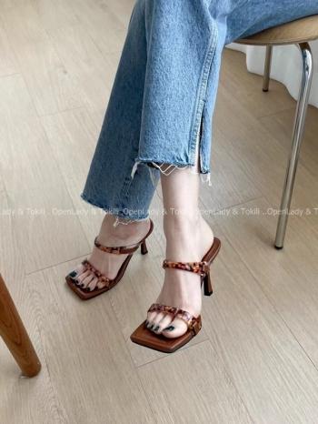 【Z923520】琥珀透明方頭跟鞋
