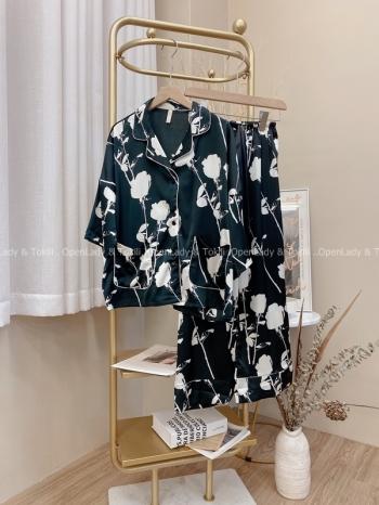 【Z822581】時髦花紋路緞面睡衣套裝