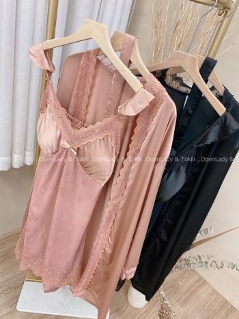 【Z822583】浪漫蕾絲拼接緞感睡衣兩件組