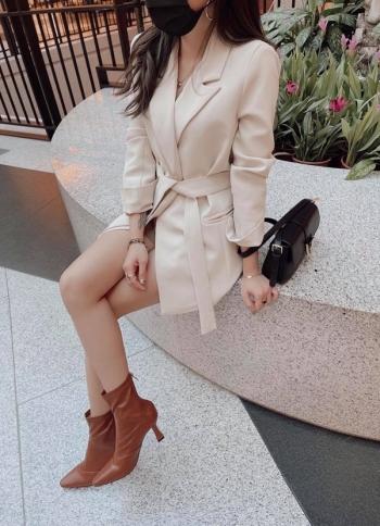 【Z822765】修身綁腰排釦西裝外套