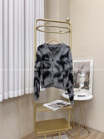 【Z822990】羊絨慵懶豹紋路開衫