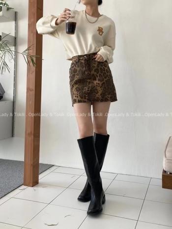【Z923796】時髦豹紋高腰短裙